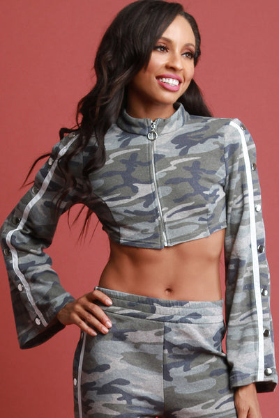Camouflage Snap Button O-Ring Zip Up Crop Top