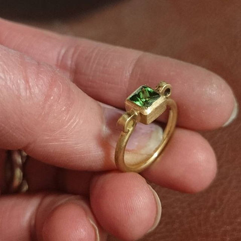 "18ct Gold and Tsavorite ""Classics"" Scroll Garnet Ring"