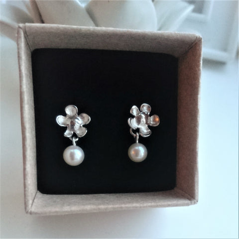 Little Flower Stud and Pearl Drop Earrings