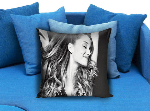 Ariana Grande 06 Pillow case