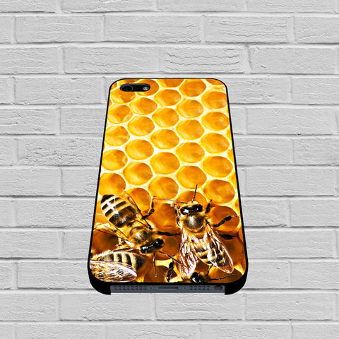 Bee on Honeycomb case of iPhone case,Samsung Galaxy