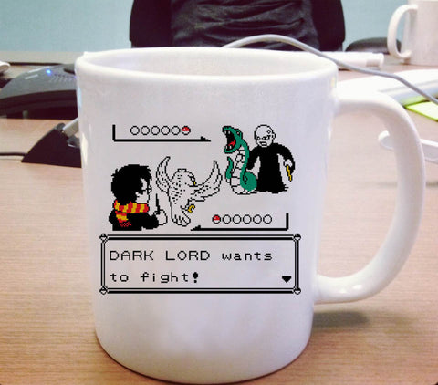 Harry potter versus Lord Voldemort dark lord wants to fight Ceramic Mug