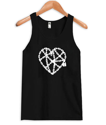 chain forms of love Tank Top