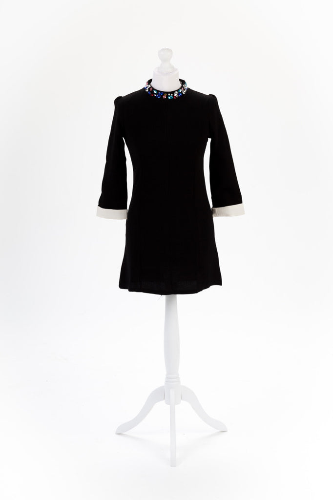 Jewel Neck Shift Dress in Black - Front