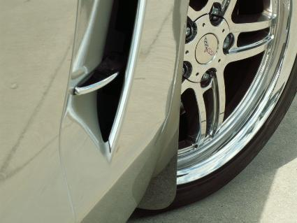 1997-2004 C5 & Z06 Corvette - Front Splash Guards Z06 Style 2Pc | Polished Stainless Steel