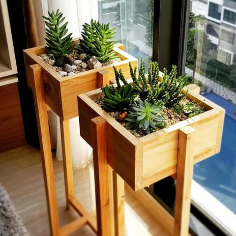 Pallet Standing Planter
