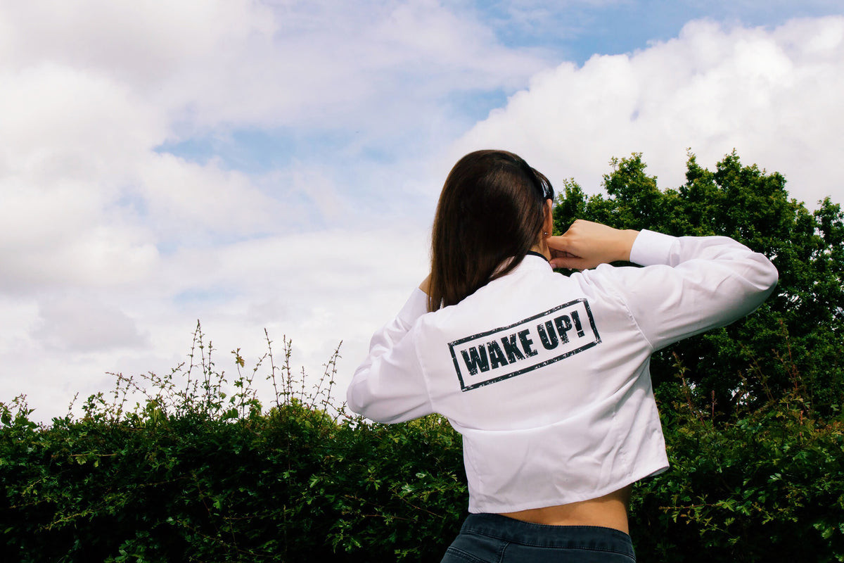 WAKE UP! Crop Shirt