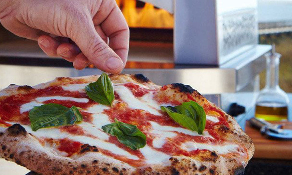 Why the Best Pizza in the World is Made in Your Back Yard