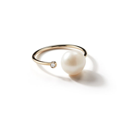 Sea of Beauty Collection. Small Open Diamond and White Pearl Thin Ring