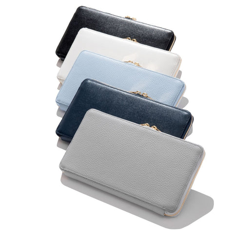 The Travel Wallet Pebble