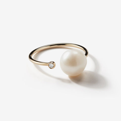Sea of Beauty Collection. Open Diamond and White Pearl Thin Ring