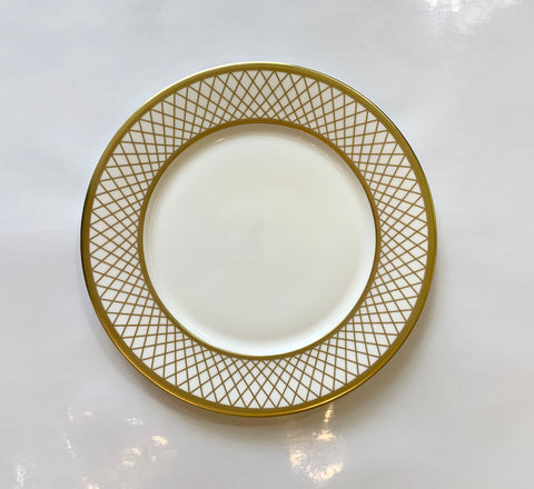Majestic White Dinner Plate