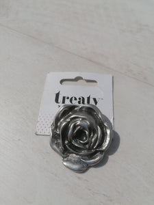 treaty rose brooch 16.99 now £12