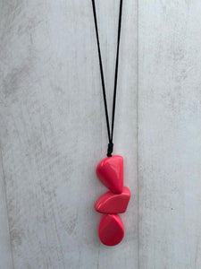 Nouvelle Bright Pink Three Stone  Necklace