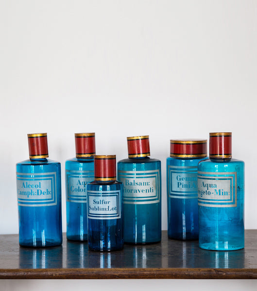 Set of 6 blue apothecary jars