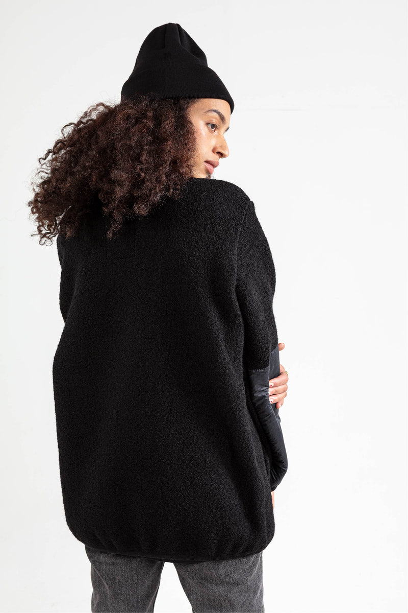 THE NATURAL WOOL FLEECE black
