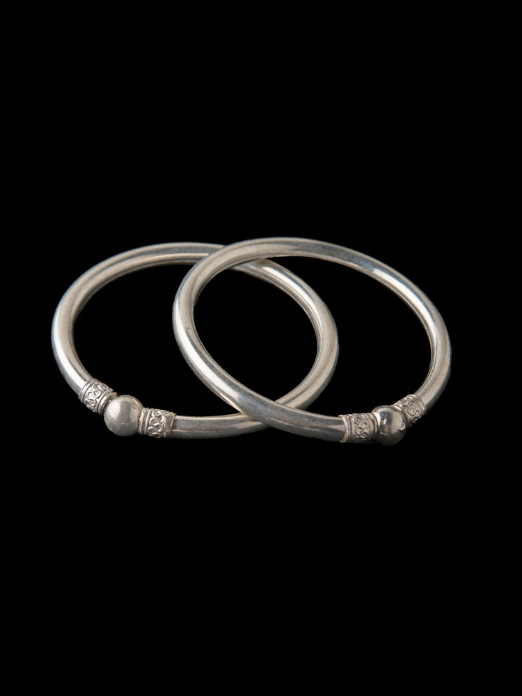 Load image into Gallery viewer, Silver bangles for women | handmade with Filigree art