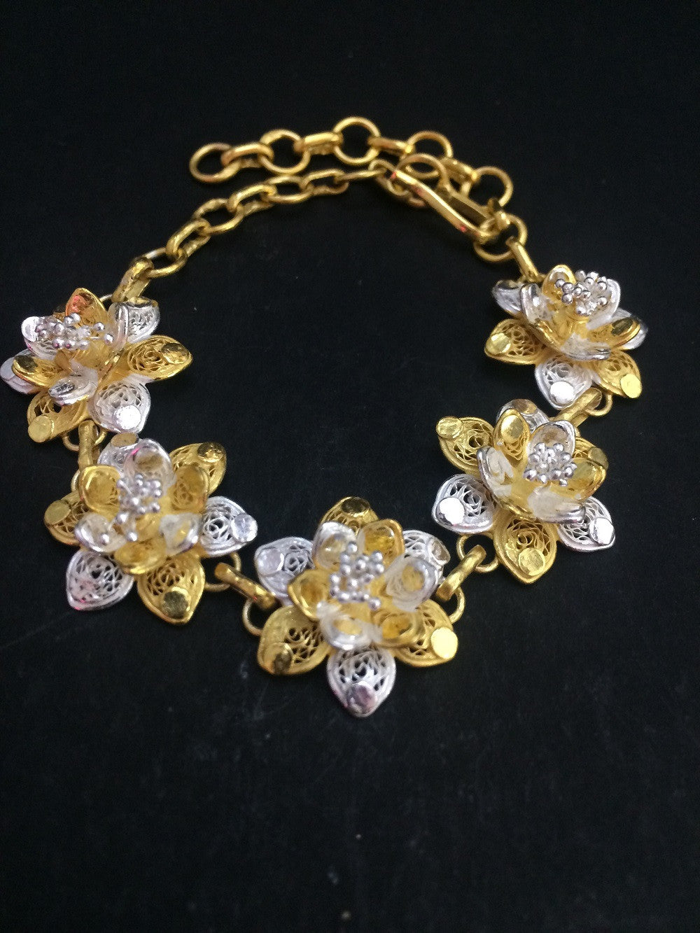 proddetail golden piece s ladies at rs sone ke bracelet kangan gold
