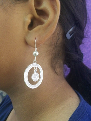 Load image into Gallery viewer, Silver Earrings