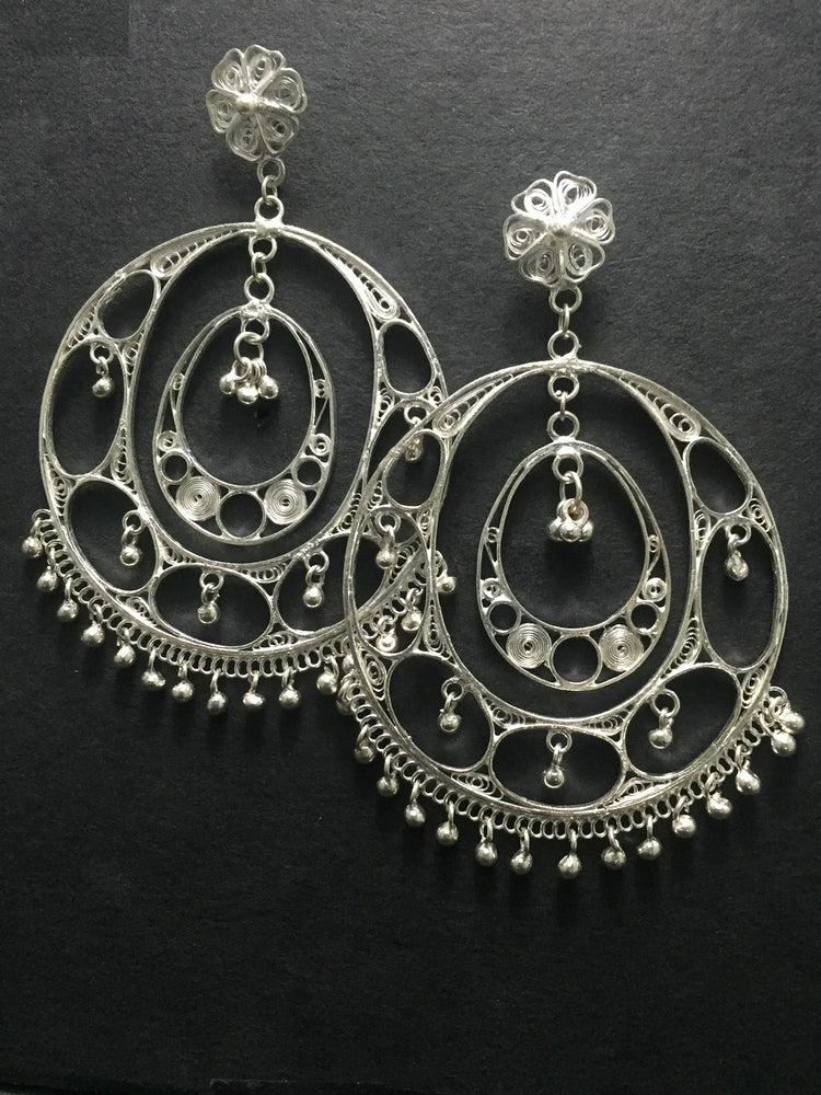 Load image into Gallery viewer, Silver Jhumkas