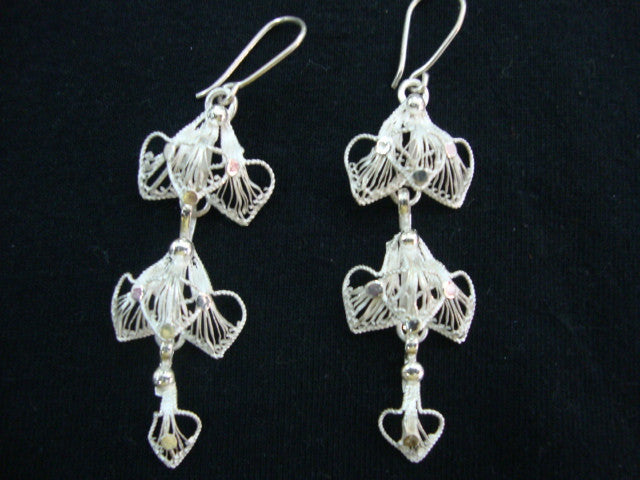 Silver Filigree Earrings Dangler Petal ER054a