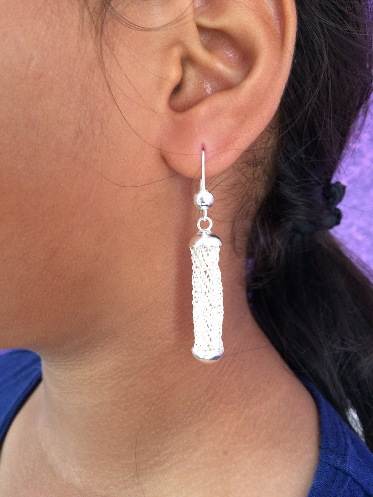 Swaying earrings