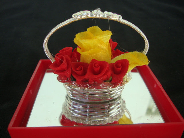 Load image into Gallery viewer, Silver Filigree Flower Basket