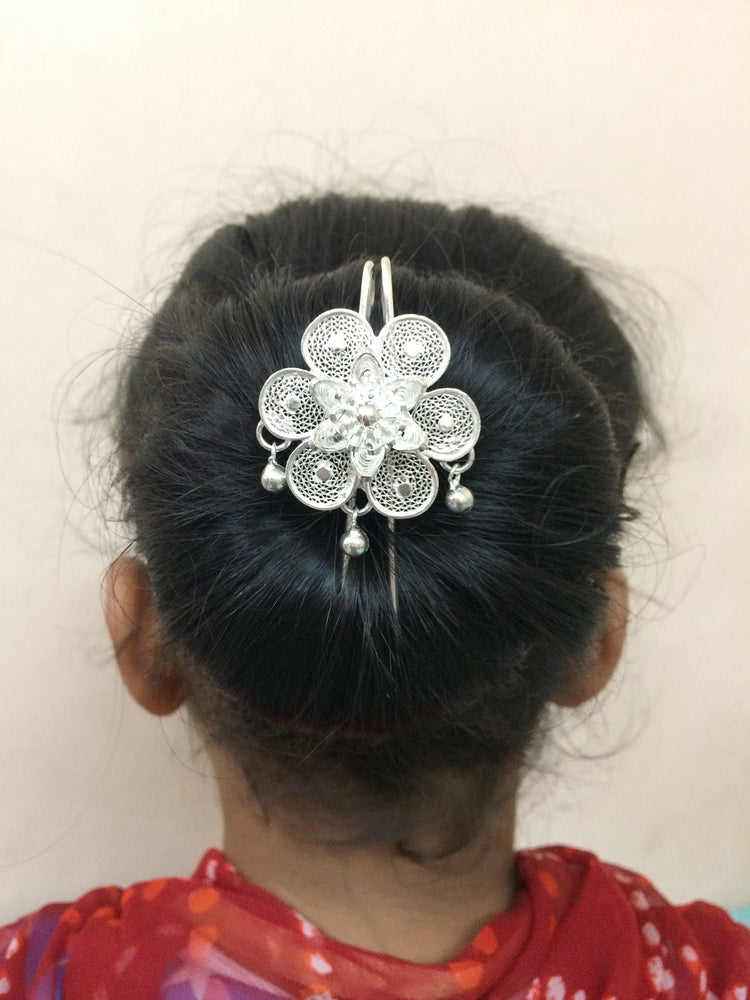 Load image into Gallery viewer, Hair accessories in Silver