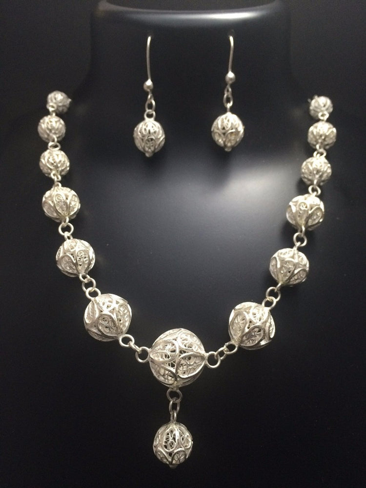 Silver Necklace set