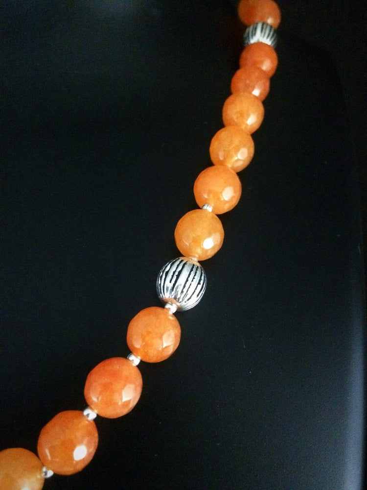 Load image into Gallery viewer, Orange Onyx beads