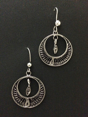 Load image into Gallery viewer, Oxidised Silver earrings