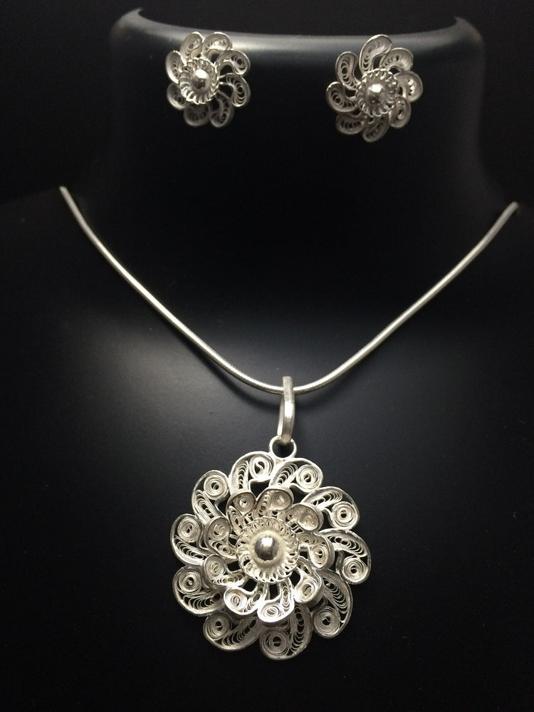 Load image into Gallery viewer, Silver Pendant sets