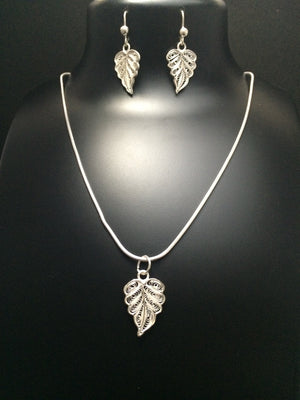 Silver Filigree Pendant Set Leaf PD115 - SilverLinings.in - 2