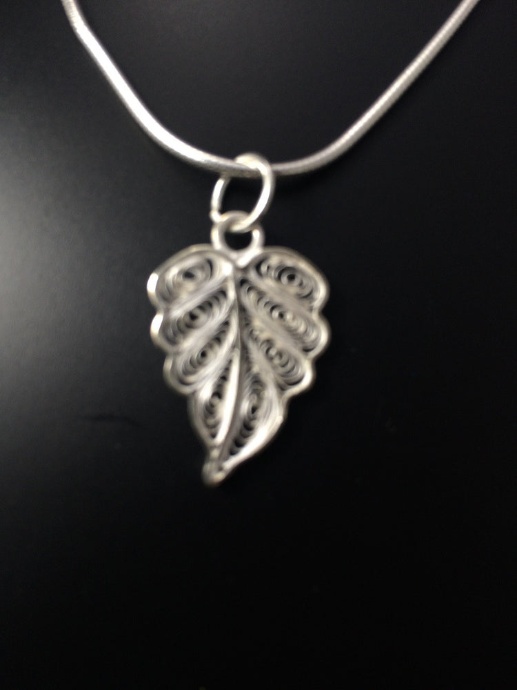 Silver Filigree Pendant Set Leaf PD115 - SilverLinings.in - 3