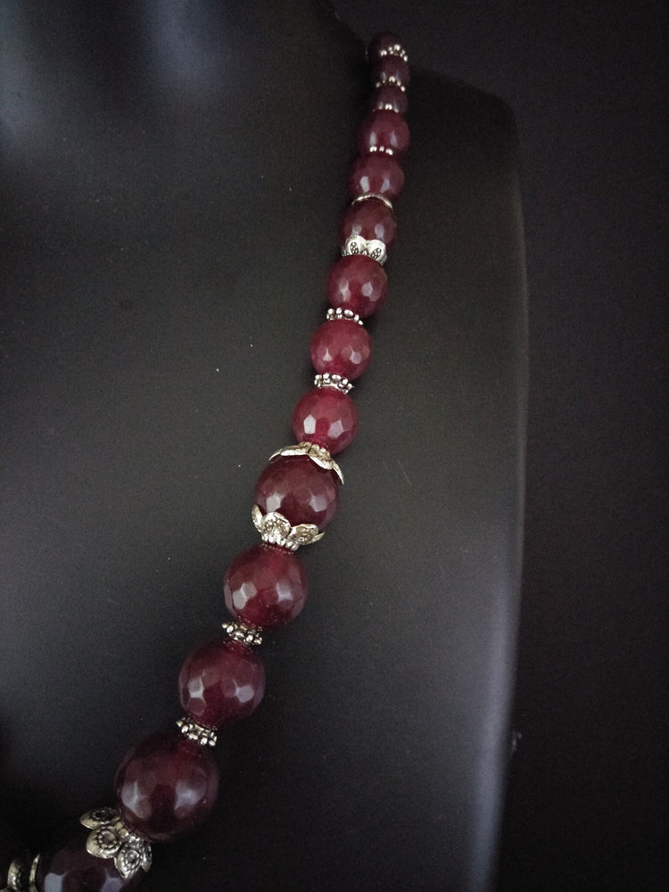 Red onyx beads necklace online