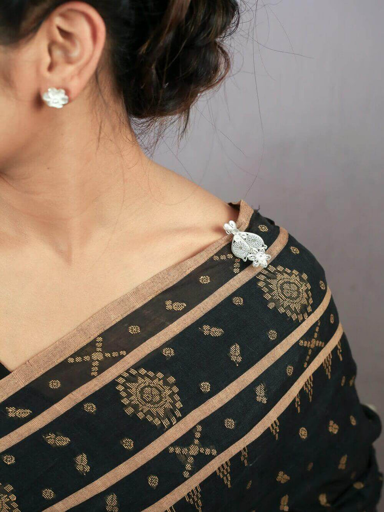 Load image into Gallery viewer, Silver Saree Pin