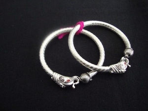 Load image into Gallery viewer, Silver baby bangles
