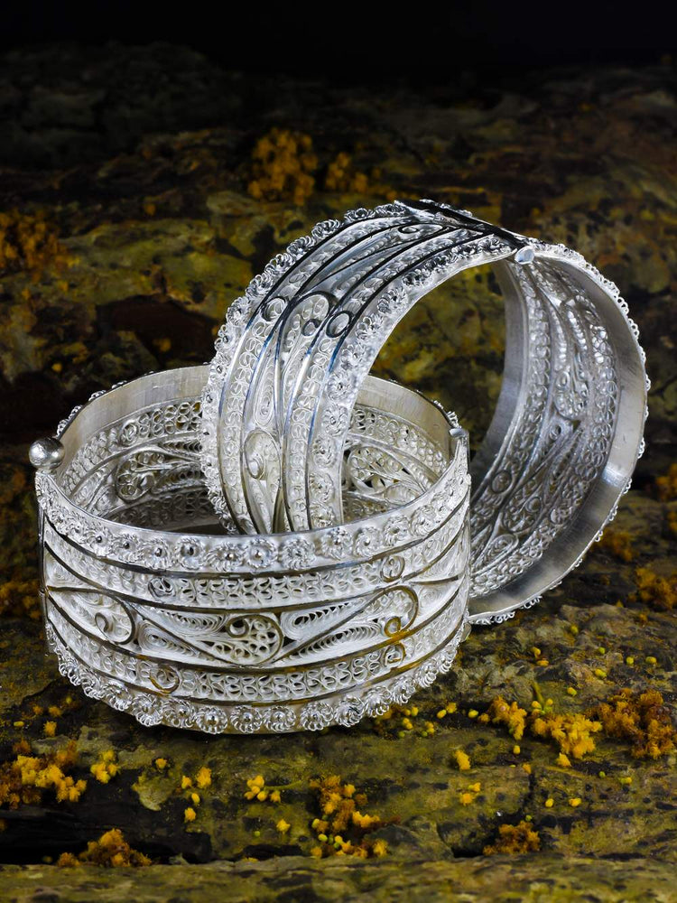 Load image into Gallery viewer, Silver Bangles Online