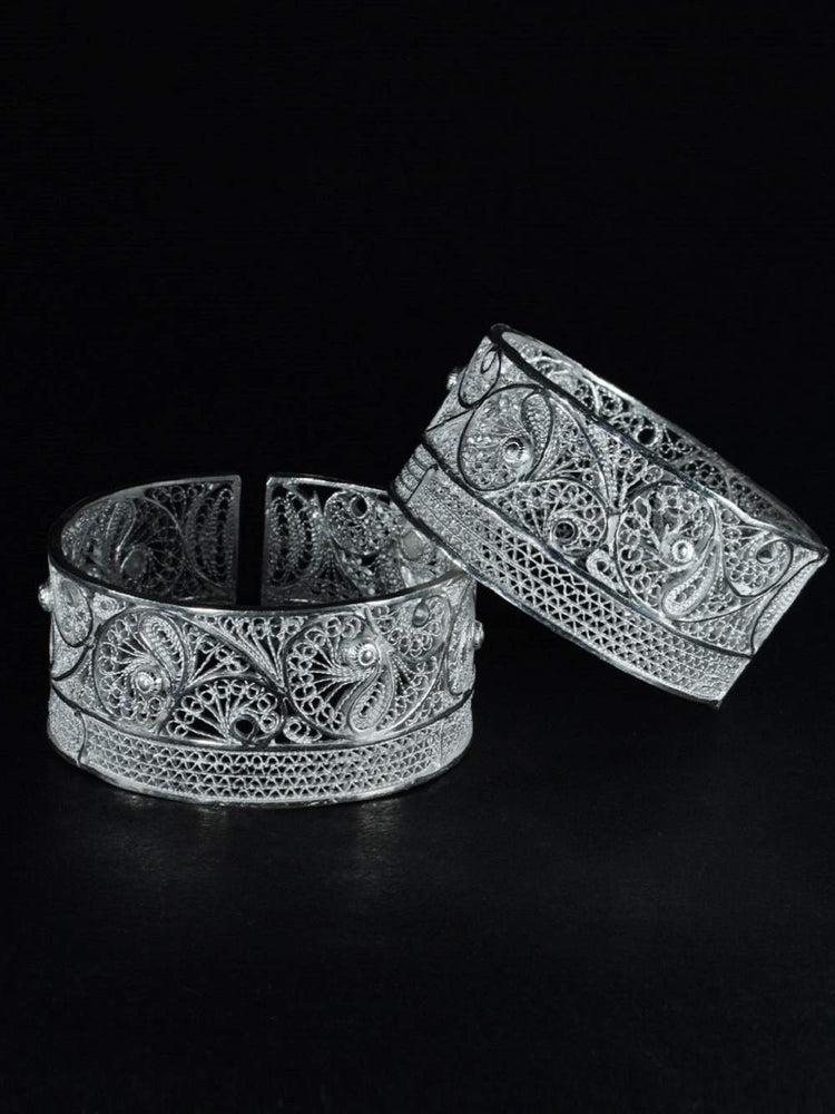 Load image into Gallery viewer, Silver Cuff Bangles