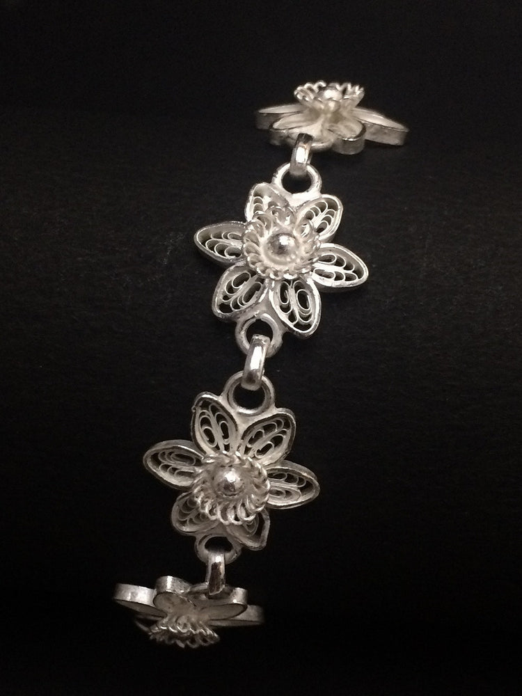 Silver Filigree Jewelly