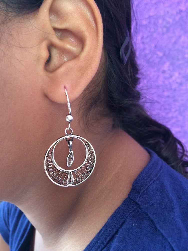 Load image into Gallery viewer, Silver Filigree Oxidised Earrings