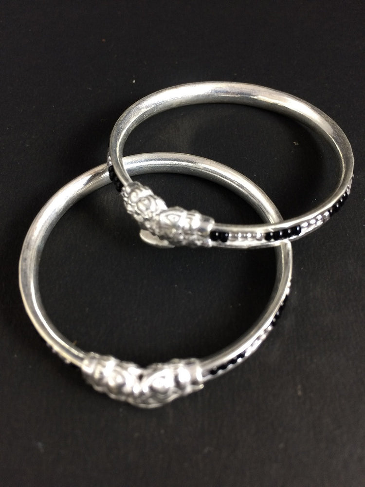 Load image into Gallery viewer, Silver Nazaria Bangles for babies