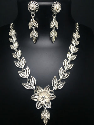 Load image into Gallery viewer, Silver Necklace sets