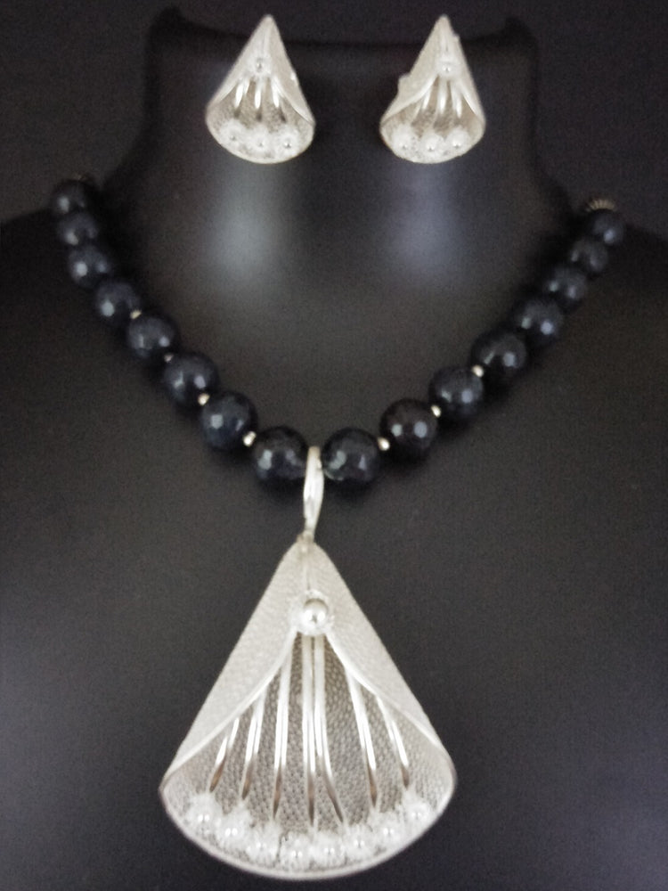Tarakasi Silver Necklace