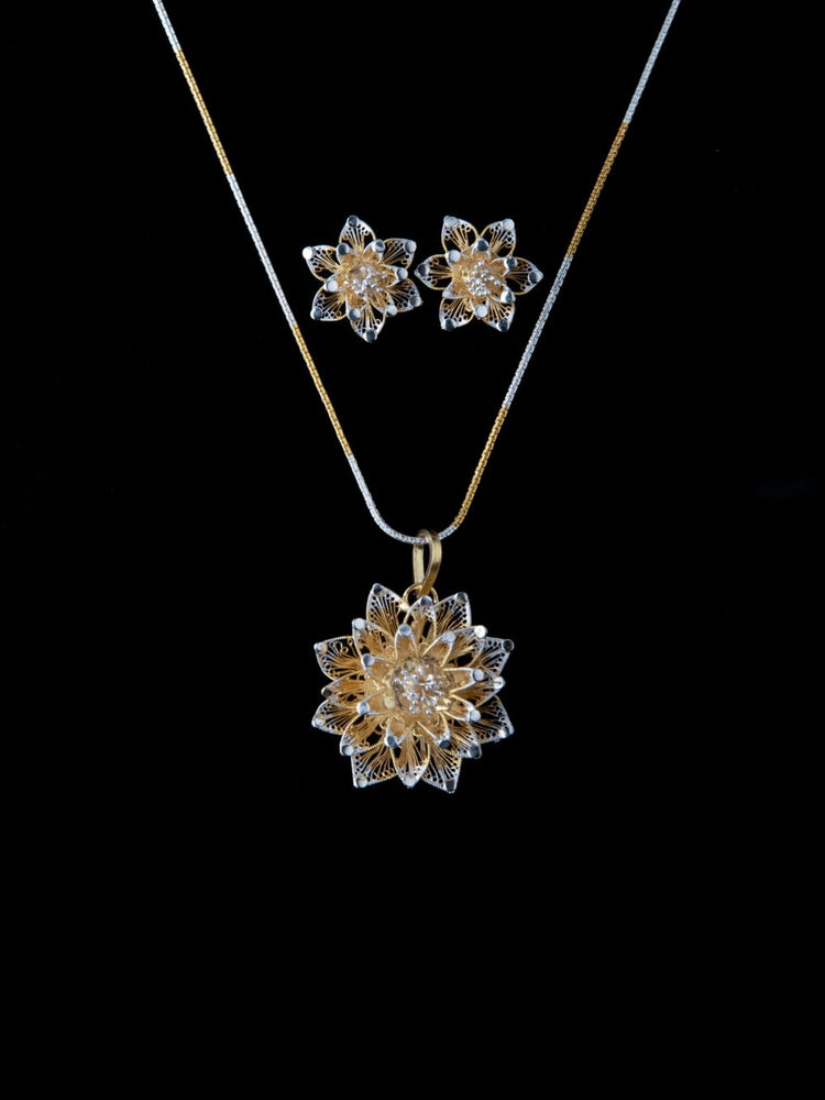 Load image into Gallery viewer, Silver Filigree Pendants online for women | handmade with filigree