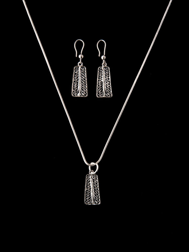Silver Filigree Pendants online for women | handmade with filigree