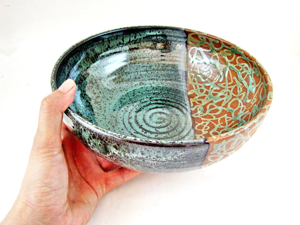 Set of 2 Serving Bowl from The Twist Collection