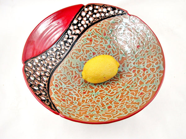 "Large Decorative Fruit Bowl from The Twist Collection 10.75"" x 3""- C"