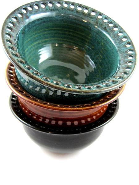 Handmade jewelry holder in bowl style - Ning's Pottery