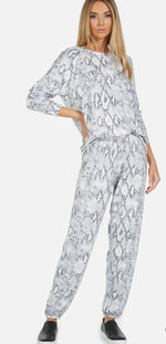 Load image into Gallery viewer, George Snake Print Sweatpant